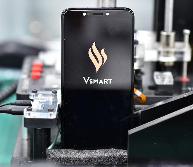 Vingroup sắp tung 4 dòng điện thoại thông minh ra thị trường - Ảnh 2.