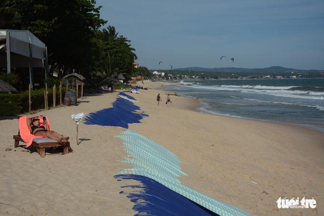 Bình Thuận đề xuất gần 800 tỉ đồng khắc phục sạt lở bờ biển - Ảnh 3.