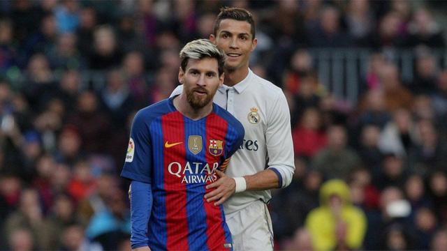 Nhìn lại 1 năm của Messi và Ronaldo trong 60 giây - Ảnh 4.