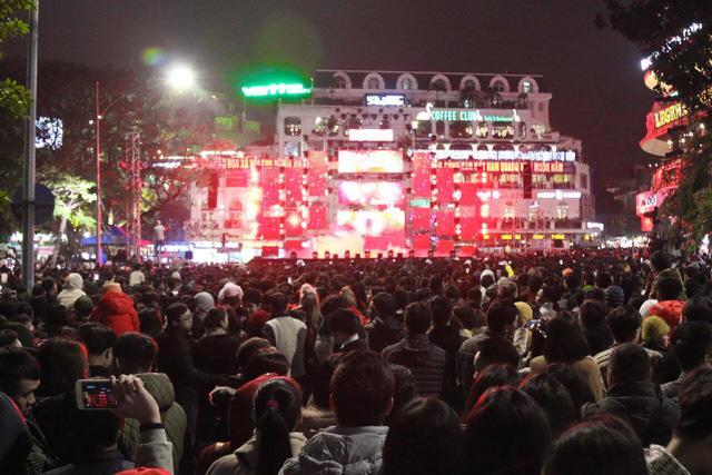23h15, Tuổi Trẻ truyền hình trực tiếp lễ hội chào năm mới 2019 tại TP.HCM, Đà Nẵng, Hà Nội - Ảnh 14.