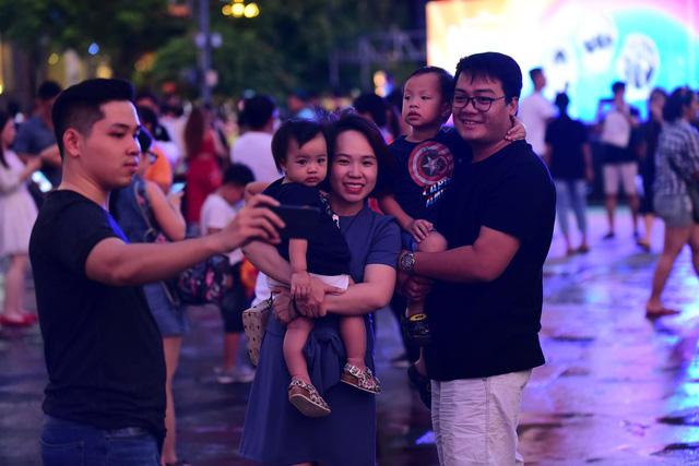 23h15, Tuổi Trẻ truyền hình trực tiếp lễ hội chào năm mới 2019 tại TP.HCM, Đà Nẵng, Hà Nội - Ảnh 11.