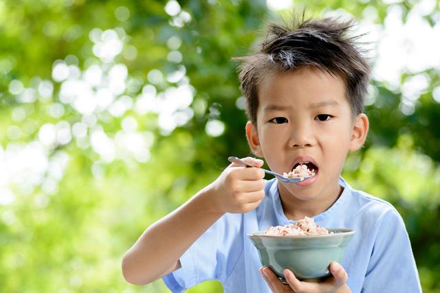 Trẻ suy dinh dưỡng, thấp còi - câu chuyện dài - Ảnh 1.