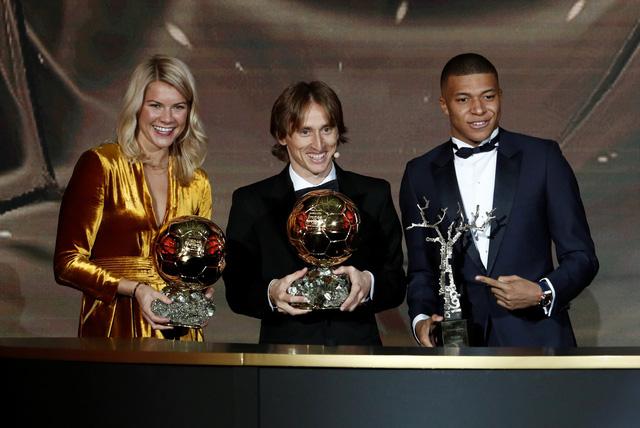 Vượt Ronaldo, Modric đoạt Quả bóng vàng 2018 - Ảnh 2.
