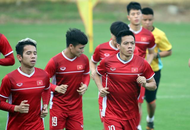 Tuyển VN đề xuất được mua 30 vé/người trận lượt về với Philippines - Ảnh 1.