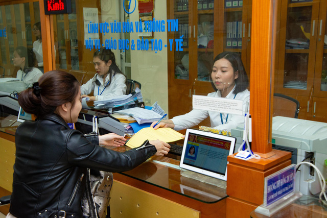 Hà Nội giảm gần 3.700 biên chế sự nghiệp năm tới - Ảnh 1.