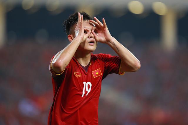 Việt Nam vào chung kết AFF Cup sau 10 năm - Ảnh 1.