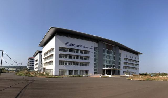 Dời Bệnh viện đa khoa vùng Tây Nguyên đến nơi mới - Ảnh 1.
