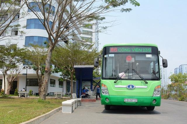 TP Hồ Chí Minh thí điểm thẻ xe buýt thông minh trên 9 tuyến - Ảnh 1.
