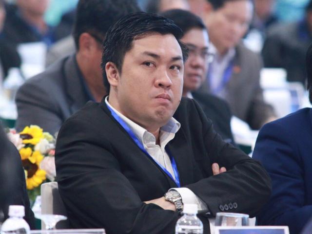 Ông Cấn Văn Nghĩa bất ngờ giành chức Phó chủ tịch tài chính VFF - Ảnh 2.