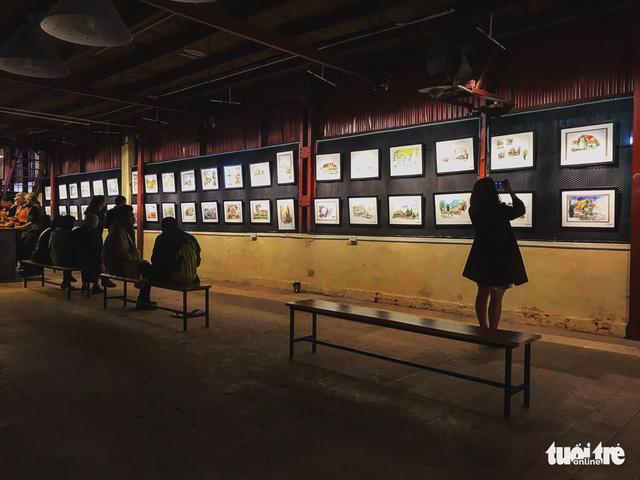 Nhà máy chè thành phòng triển lãm tranh Phố Bên Đồi - Ảnh 1.