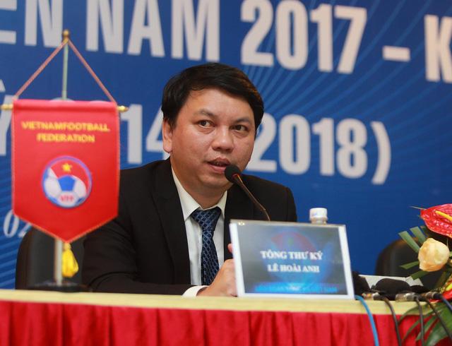 Ông Lê Hoài Anh tiếp tục giữ chức tổng thư ký VFF khóa 8 - Ảnh 1.
