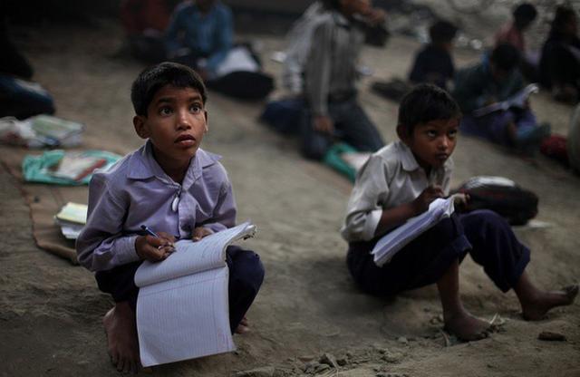 Những trường học 'bất bình thường' trên thế giới - Ảnh 2.