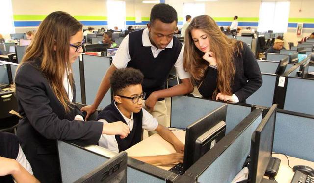 Những trường học 'bất bình thường' trên thế giới - Ảnh 1.