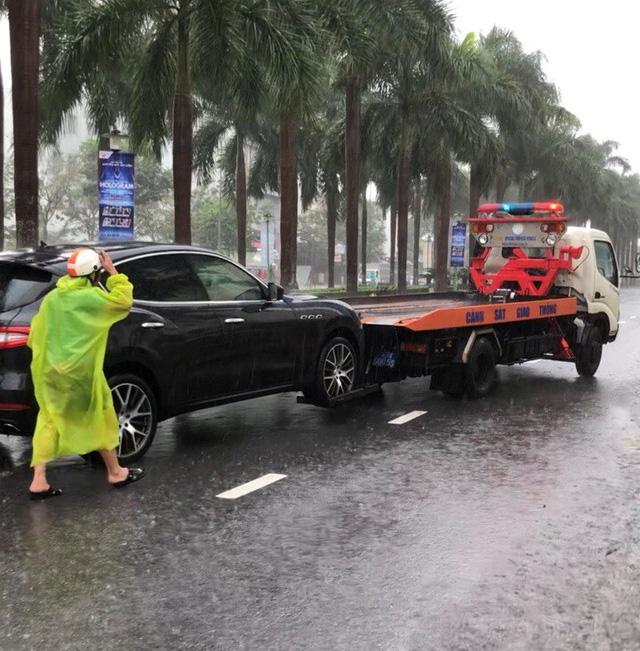 Mưa lớn kéo dài, Đà Nẵng tốc lực đào kênh thoát nước - Ảnh 2.