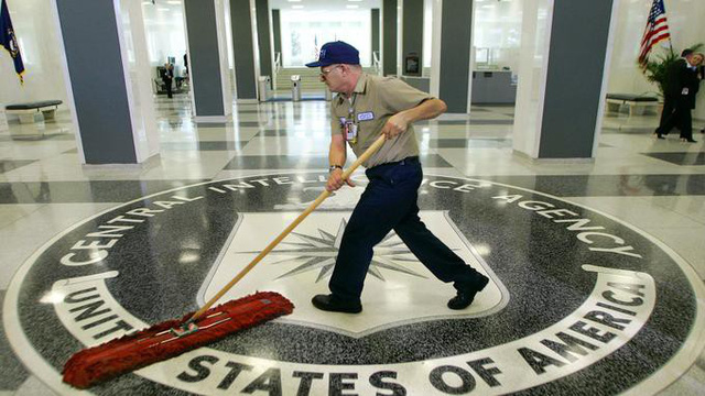 CIA bị lừa mất 100.000 đô - Ảnh 1.
