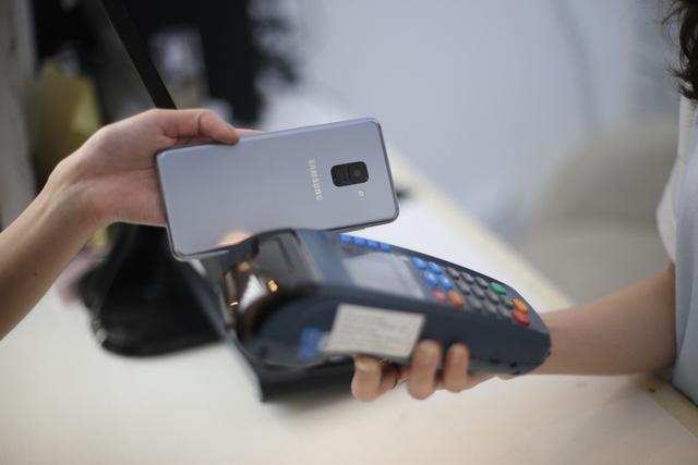 Samsung phủ sóng toàn bộ thị trường điện thoại di động - Ảnh 8.