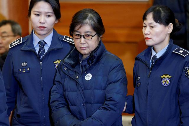 Bạn thân cựu Tổng thống Hàn Quốc lãnh 20 năm tù - Ảnh 1.