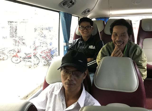 Đà Nẵng: Bệnh viện chở bệnh nhân về quê đón tết - ảnh 2