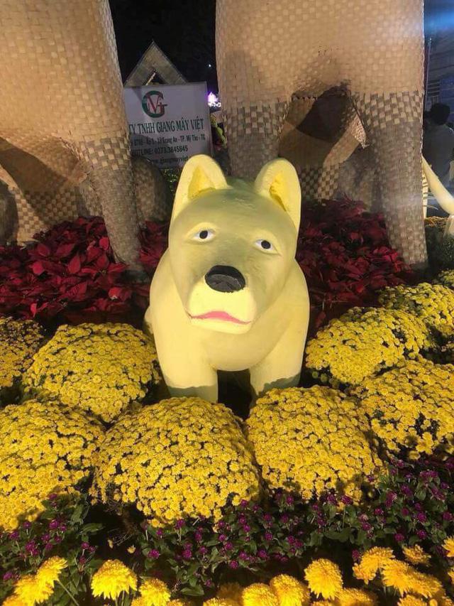 Chó con sầu buồn ở đường hoa 'hờn cả thế giới'? - ảnh 2