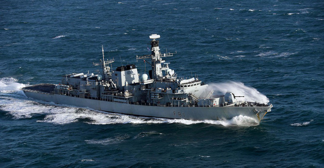 Anh tiết lộ sắp đưa tàu chiến săn ngầm qua biển Đông - Ảnh 2.