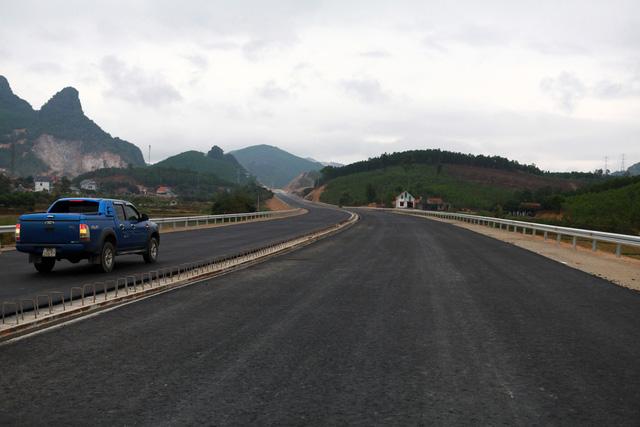 Hoàn thành 3 đại dự án giao thông Quảng Ninh cuối tháng 6-2018 - Ảnh 1.