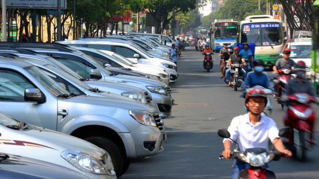 TP.HCM: đậu xe hơi dưới đường phải trả 40.000 đồng/giờ? - Ảnh 1.