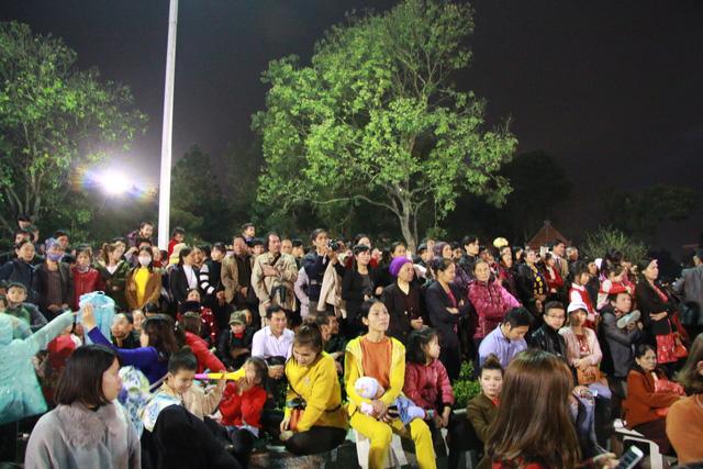 Trước ngày khai hội Lim, liền anh liền chị hát quan họ thâu đêm - Ảnh 4.
