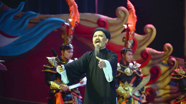 Tiên Nga đạt kỷ lục bán vé: khán giả không quay lưng với kịch hay - Ảnh 1.