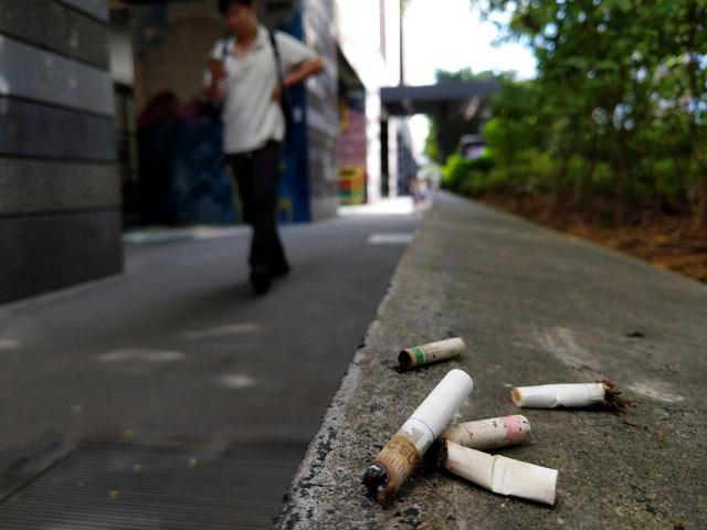 Người Việt mất 26 triệu đồng vì điếu thuốc lá ở Singapore - Ảnh 2.