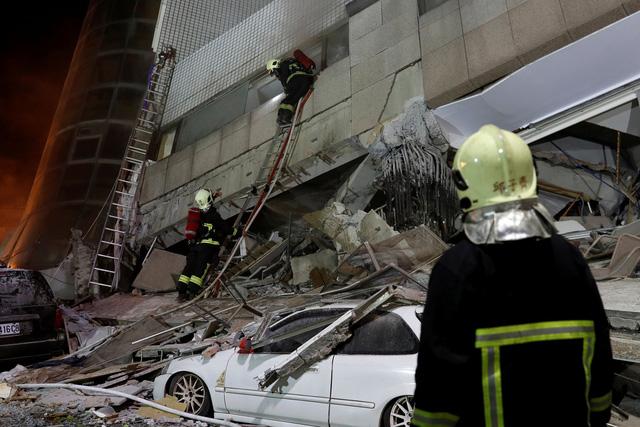 Động đất rung chuyển Đài Loan, 2 người chết, 200 người bị thương - Ảnh 2.