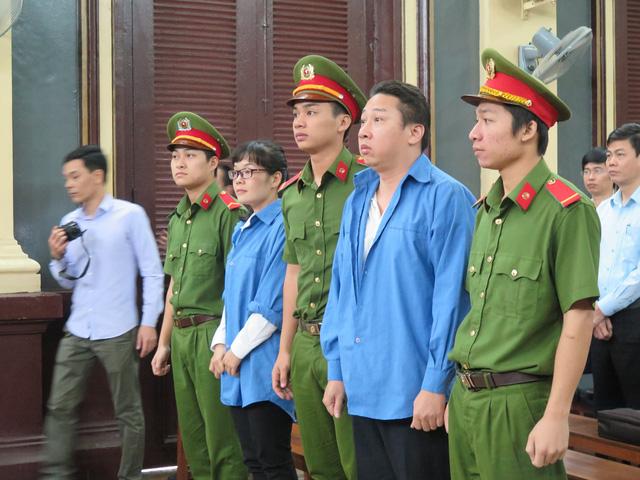 Các cựu lãnh đạo VietinBank vắng mặt trong phiên xử Huyền Như - Ảnh 2.