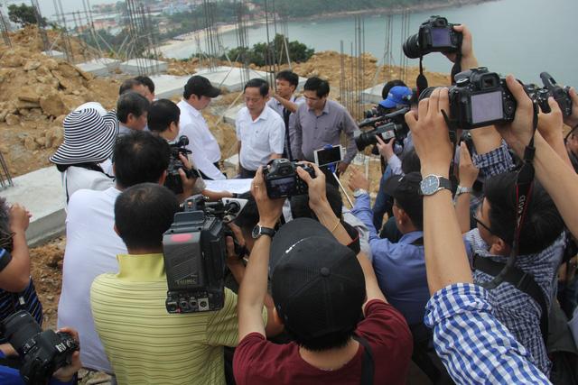 Đà Nẵng thu hồi công văn đề nghị các báo cung cấp nội dung trước khi in - Ảnh 3.