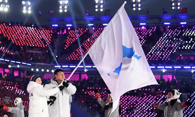Lễ khai mạc Olympic mùa đông Pyeongchang rực rỡ và hiện đại - Ảnh 1.