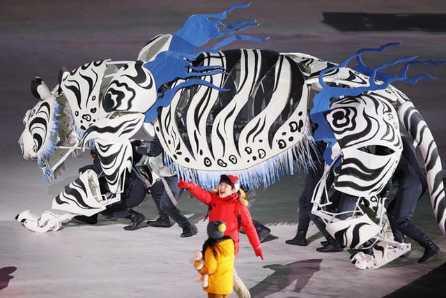Lễ khai mạc Olympic mùa đông Pyeongchang rực rỡ và hiện đại - Ảnh 6.