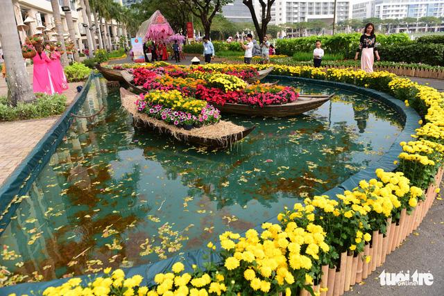Khai mạc Hội hoa xuân Phú Mỹ Hưng trong khuôn viên 7 ha - Ảnh 12.