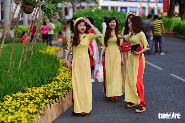 Khai mạc Hội hoa xuân Phú Mỹ Hưng trong khuôn viên 7 ha - Ảnh 5.