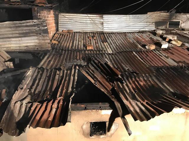 Cháy khu biệt thự cổ ở Đà Lạt, 5 người tử vong - Ảnh 1.