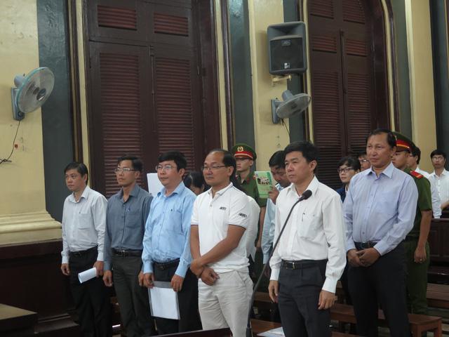 Đề nghị phạt nguyên tổng giám đốc Navibank 14-15 năm tù - Ảnh 2.