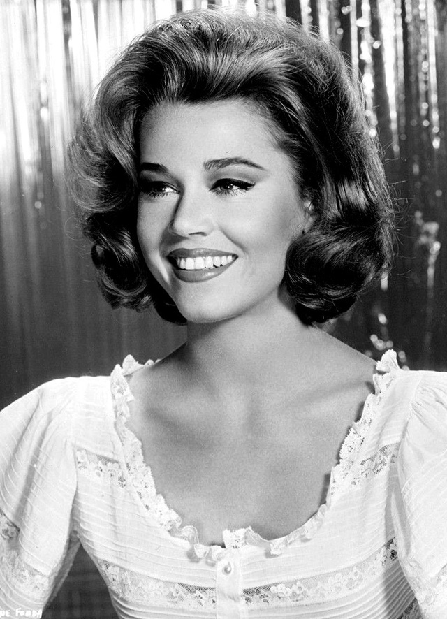 Jane Fonda: có những đạo diễn muốn quan hệ tình dục với tôi... - Ảnh 14.