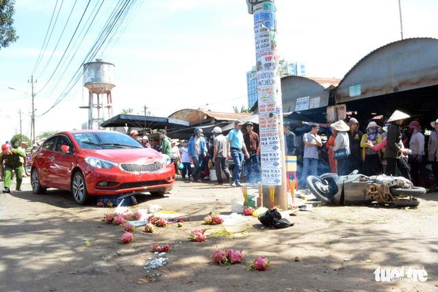 Khởi tố nữ tài xế tông chết người giữa chợ gây xôn xao - Ảnh 2.