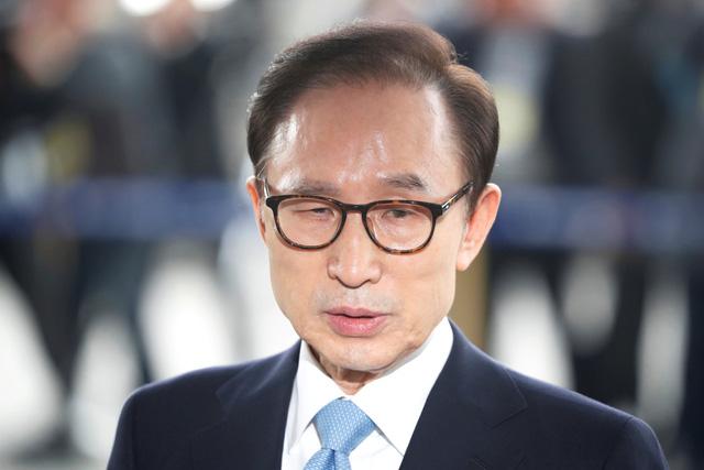 Cựu tổng thống Hàn Quốc Lee Myung Bak có thể bị bắt - Ảnh 1.