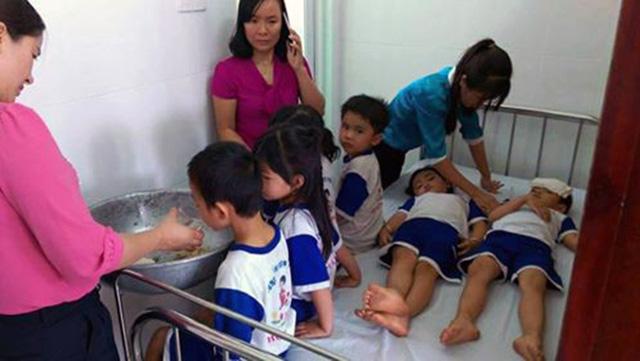 73 học sinh nghi ngộ độc, Đồng Nai nói sữa đạt chuẩn - Ảnh 2.