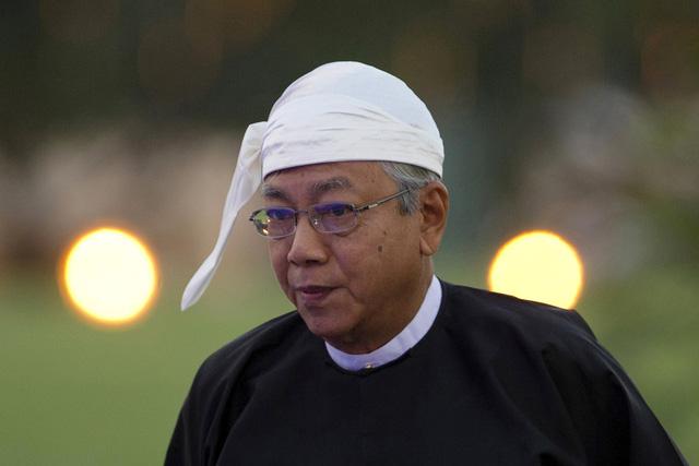 Tổng thống Myanmar bất ngờ từ chức - Ảnh 4.
