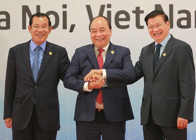 Campuchia - Lào - Việt Nam vững như kiềng ba chân - Ảnh 1.