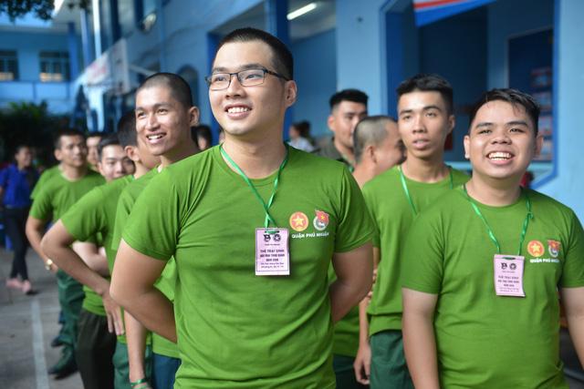 Thanh niên TP.HCM sôi nổi ngày hội tòng quân 2018 - Ảnh 3.