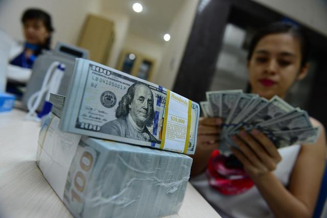 USD tự do lên 22.900 đồng/USD, giá vàng đi xuống - Ảnh 1.