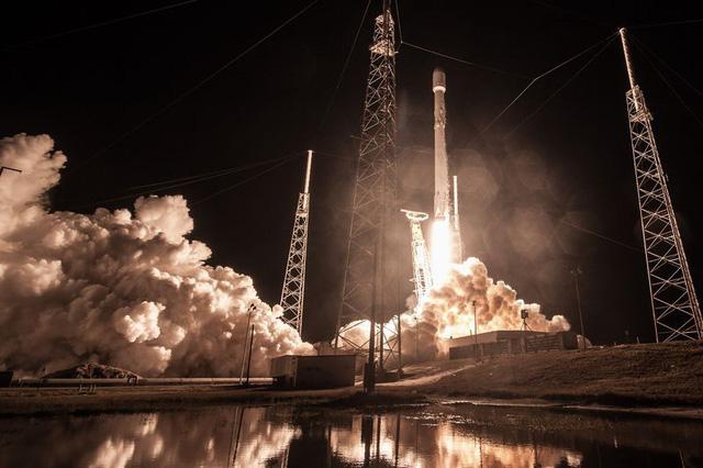 Mỹ mất vệ tinh bí mật trị giá hàng tỉ đô - Ảnh 1.