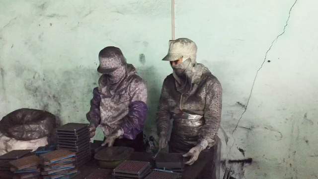 Đề nghị chuyển công an điều tra vụ hóa mỹ phẩm làm từ than tre - Ảnh 2.