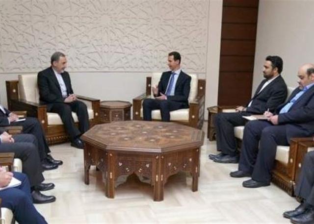 Ông Assad đã chạy khỏi thủ đô, trốn trong công sự Nga? - Ảnh 2.