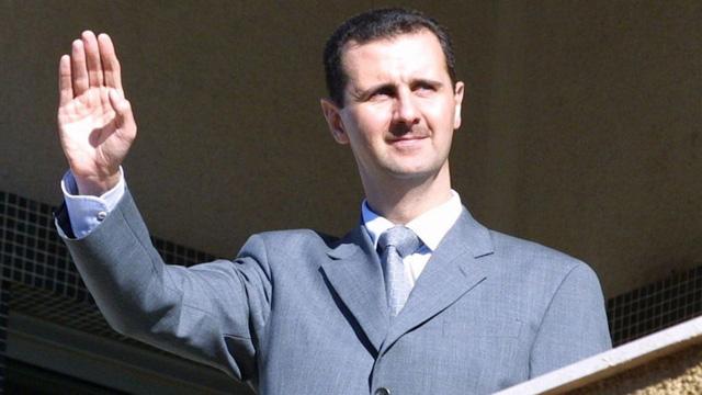 Ông Assad đã chạy khỏi thủ đô, trốn trong công sự Nga? - Ảnh 1.